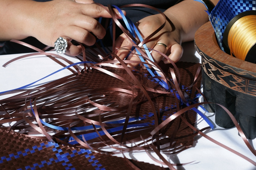 fine mat weaving in curling ribbon by contrarian samoan artist Maureen Unasa